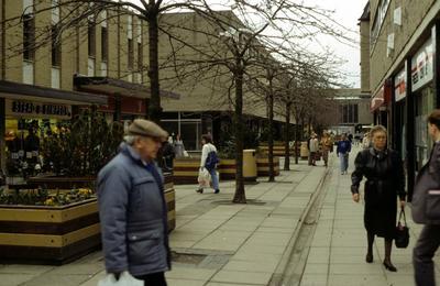 P52164; Grangemouth town centre before refurbishment