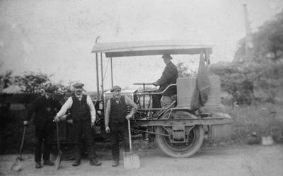 P14965; Road roller with workmen, near Pirleyhill