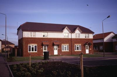 P29260; Houses, Morar Place