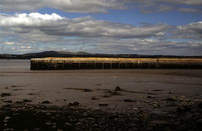 P55487; Bo'ness Pier and harbour