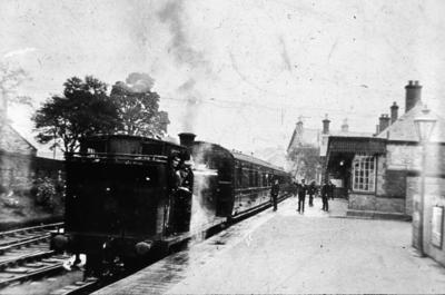 P01886; Train at Denny Station