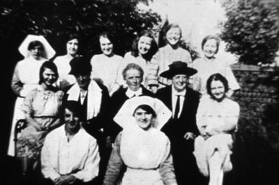 P01841; Hospital workers, Denny and Dunipace Cottage Hospital