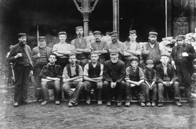 P03132; Workers at Ballantine Foundry