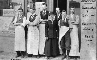 P16941; Grahamston and Bainsford Co-operative Society shop workers