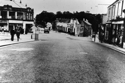 P02348; Replacing the cobbles, High Street, Falkirk
