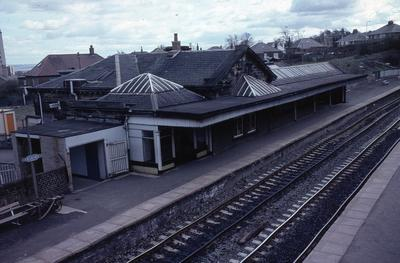 P05272; Falkirk High Station