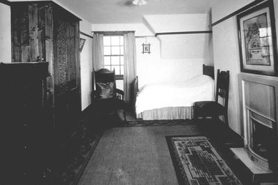"P24937; ""Bedroom , 3 apartment house, Westquarter"""