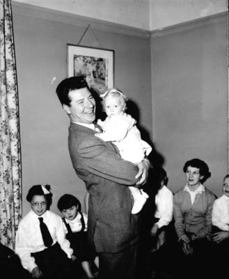 P33107; Max Bygraves with a toddler