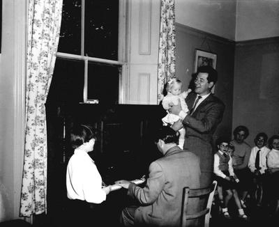 P33108; Max Bygraves with a toddler