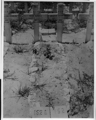 P35541; War graves.