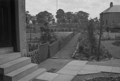 P37792; Garden, Jackson Avenue, Grangemouth?