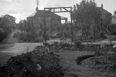 P37797; Garden, Jackson Avenue, Grangemouth
