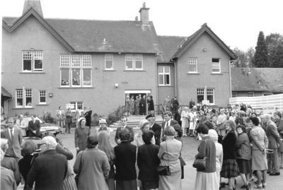 P30899; Princess Anne's visit to Strathcarron Hospice
