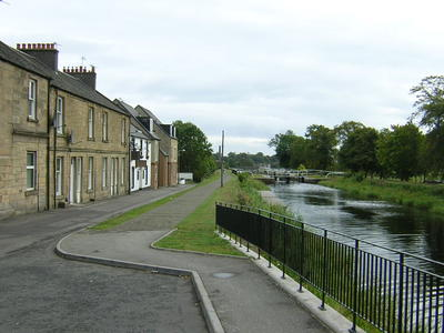 P36970; Forth and Clyde Canal from Lock 16 road bridge