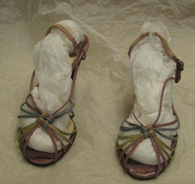 1996-052-167; shoes; woman's