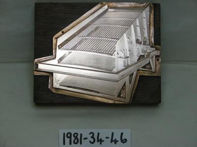 1981-034-046