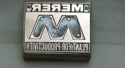 1981-034-056
