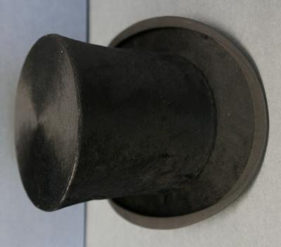 1975-047-009; hat; top
