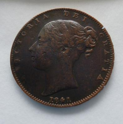 1977-042-102; coin; farthing