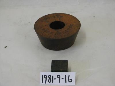 1981-009-016