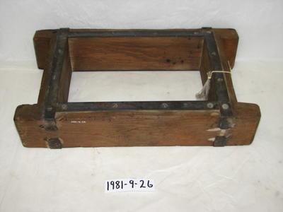 1981-009-026