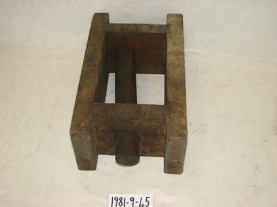 1981-009-045