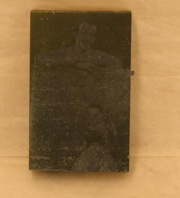 1977-078-025