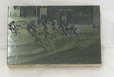 1977-078-056