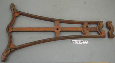 1981-034-103