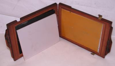 1982-089-014/005