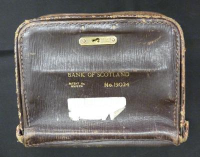 2015-008-007; bag; bank