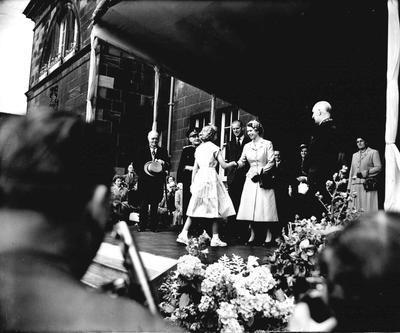 P33380; Queen Elizabeth and the Duke of Edinburgh
