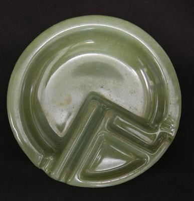 2018-003-001; ashtray; enamelled