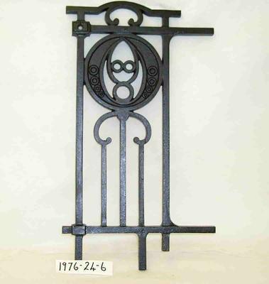 1976-024-006; gate panel
