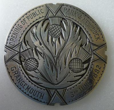 1976-026-021
