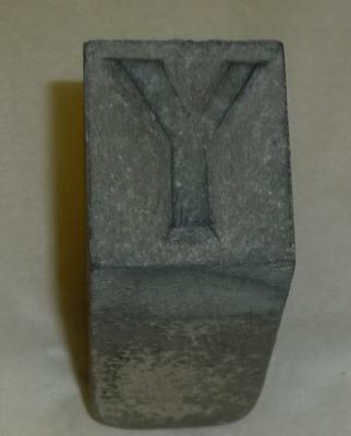 1976-040-050