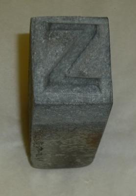 1976-040-051