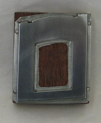 1977-030-080