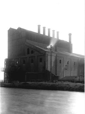 P33523; Coal-fired power station, Etna Road, Falkirk
