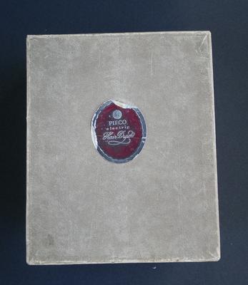1995-017-003/002; box