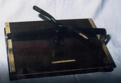 1994-039-002