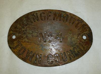 1996-044-001; plaque