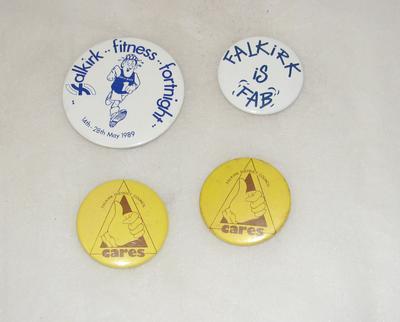 1997-019-001; badge