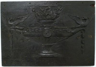 1983-042-031