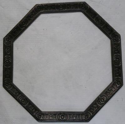 1983-042-085