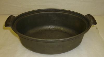 1977-041-014; dish; casserole