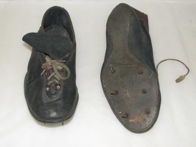 1998-042-003