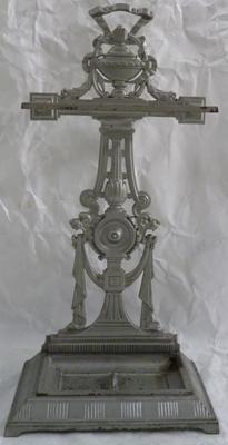 1983-053-001