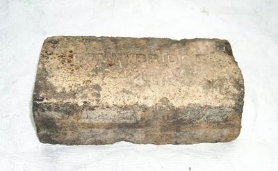 1985-007-006; brick; refractory