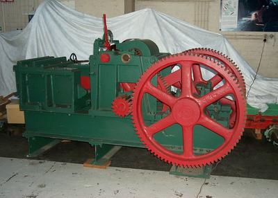 1981-009-003